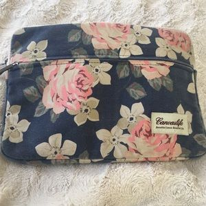 CanvasLife Laptop carrying case